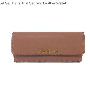 Michael Kors khaki jet set wallet